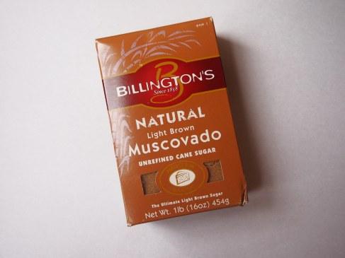 """Про органический нерафинированный коричневый тростниковый сахар Billington's """"Natural Light Brown Muscovado Unrefined Cane Sugar""""."""