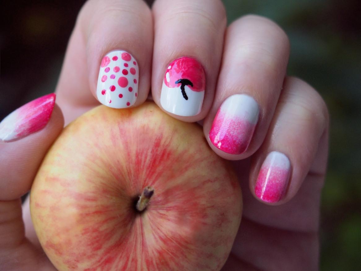 Маникюр с яблочком фото